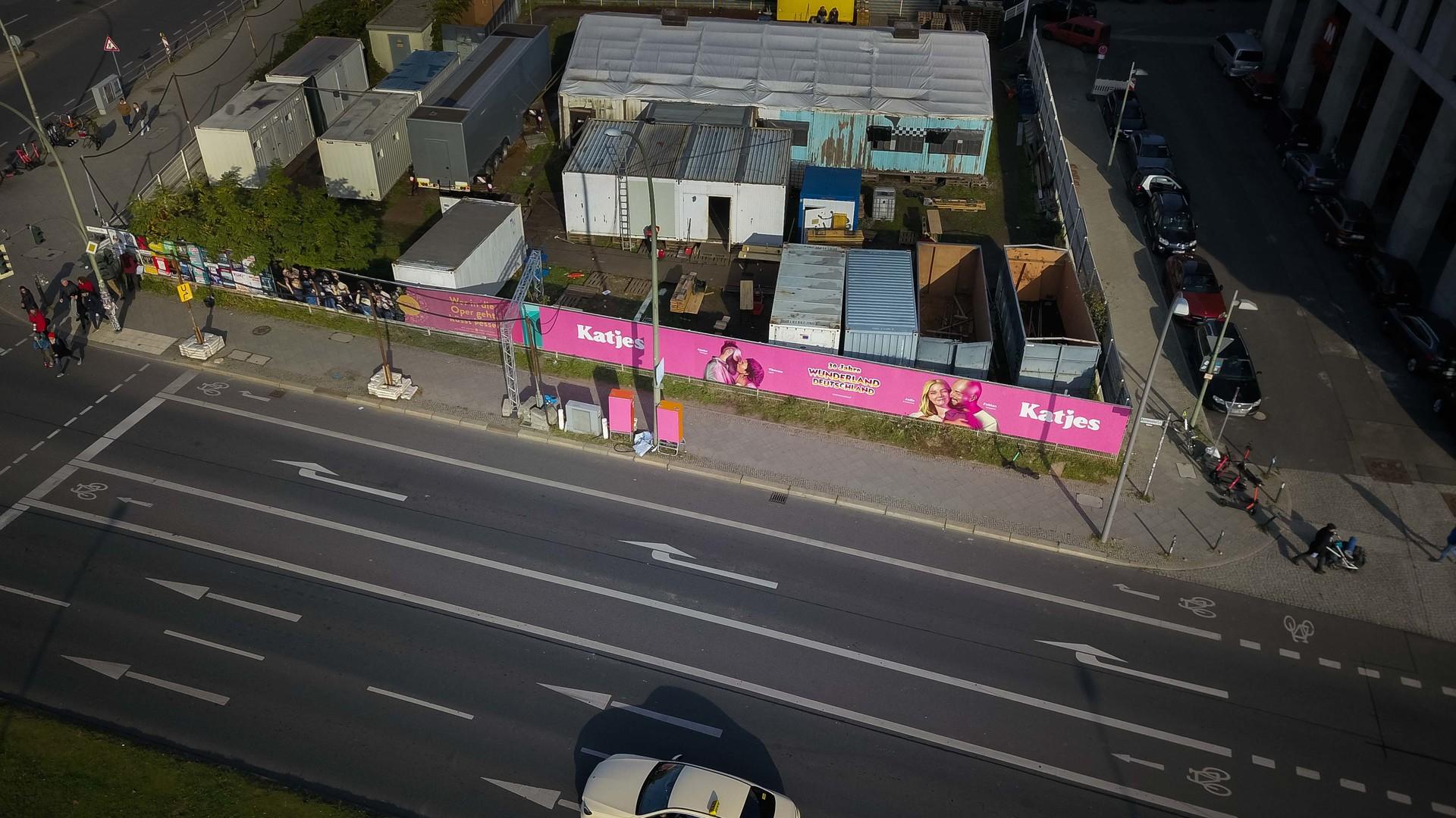 Sweet Celebrations: Creating a Graffiti Advert for Katjes